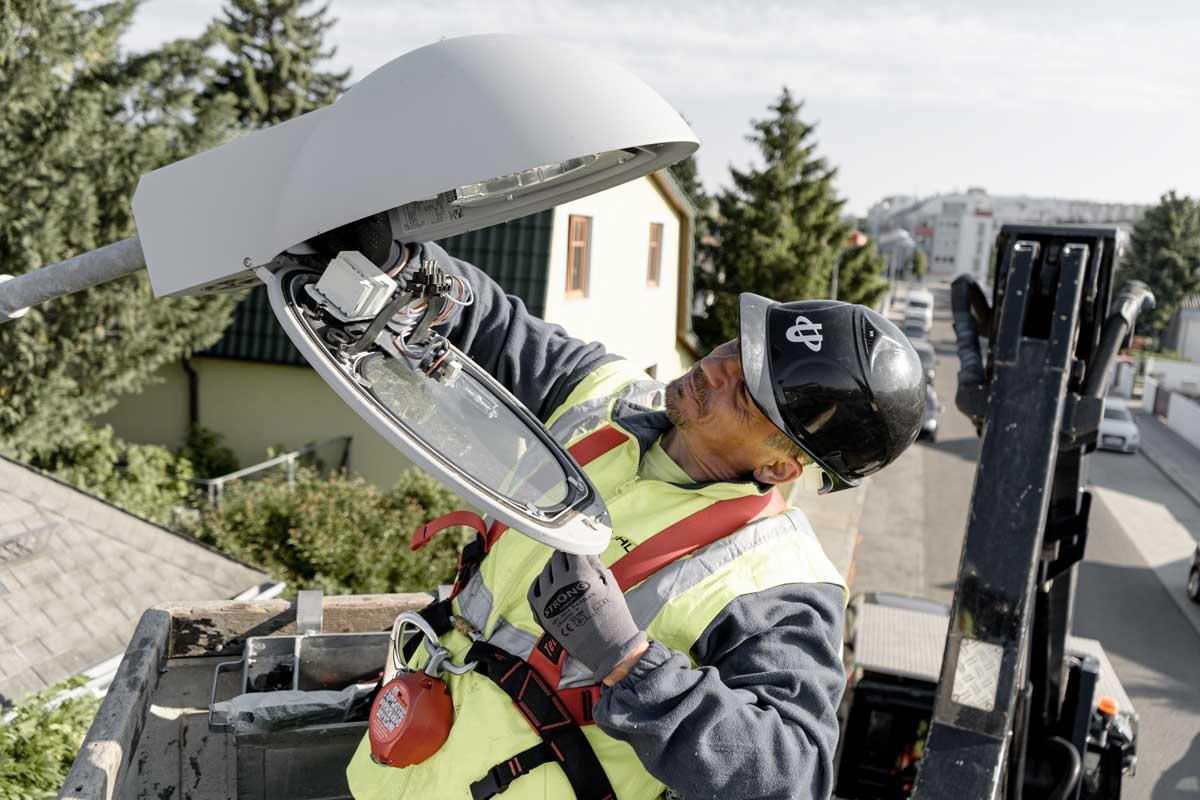 ElektromonteurIn Öffentliche Beleuchtung | uhl-jobboerse.at